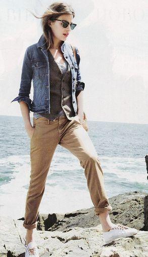Veste en jeans + Pantalon beige