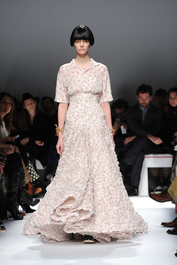 Schiaparelli Haute Couture, Spring 2014 | According to Style.com reviewer Tim Blanks, it took twenty people three weeks to achieve the bouilloné effect on the skirt