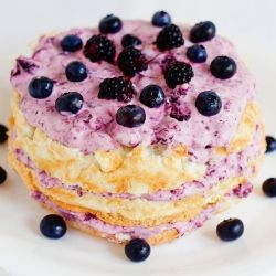 Angel food cake with berry whipped cream, sweet and fluffy. Yummmm