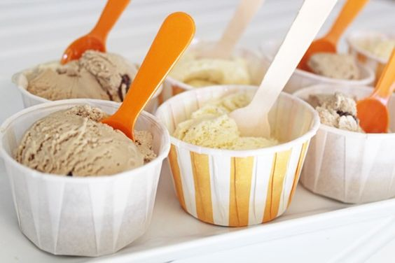 How to serve ice cream at a party | Thoughtfully Simple