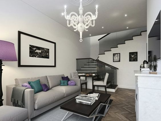 Wohnzimmer Einrichten Ideen Graues Sofa Lila Akzente Innentreppen