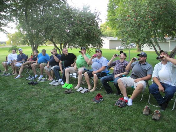 Are you planning a co-ed baby shower? Here are some awesome game ideas for a couple's shower.As you can see from the pictures we had games for both the guys and the ladies. Everyone got involved a…