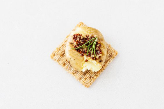 Smashed Mini Potato, Rosemary + Whole Grain Mustard Triscuit. YUM. #partner