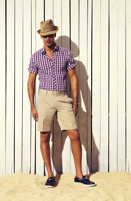 Khaki Shorts Outfit For Men - The Else
