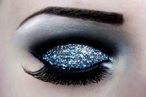Navy sparkly eye makeup - for dark blue dress
