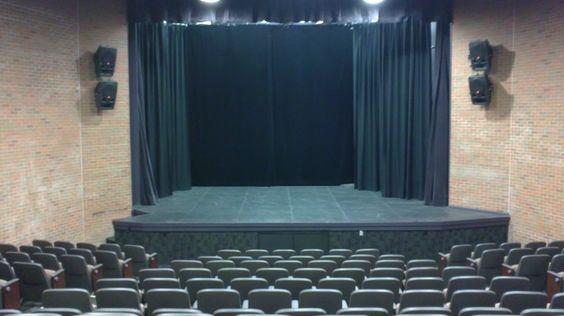 Nuevos tejidos para teatros, confección de bambalinas, telones de fondo, telones para teatros, terciopelos Velmmox de calidad acústica, ignífugos M1. www.telonesmadisson.net