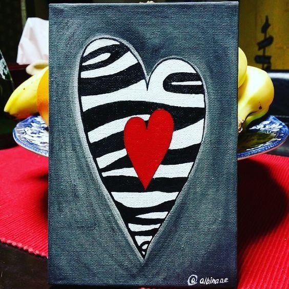 Paiting canvas     By @albinaae #albinaae #dubai #uae #dxb #handmade #wafibazaar by albinaae