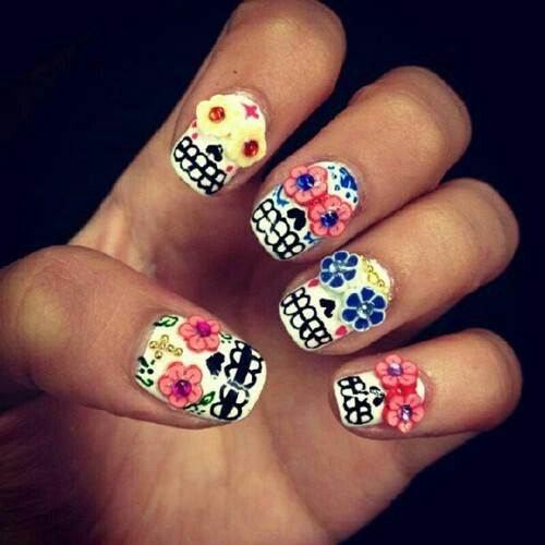 Dia de los Muertos Nails. I wish