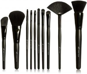 The ABSOLUTE BEST Elf face brushes. They're only $1-$3.
