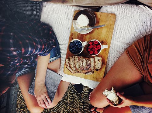 : 3/4 Beds, Simple Snack, Healthy Breakfast, Cream Cheese, Breakfast In Bed, Picnic Time, Lifestyle Photography