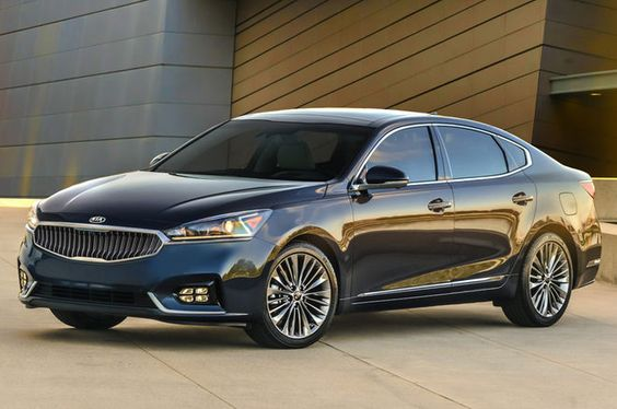 2017 Kia Cadenza First Look Review - Motor Trend