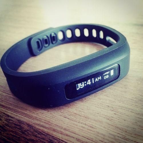 Fitness-Armband von #newgen medical im Test