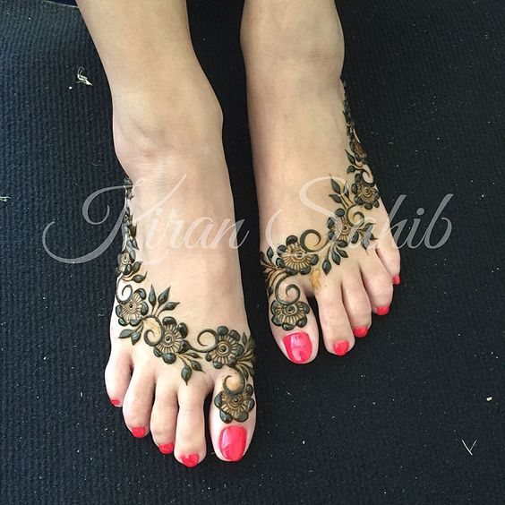 Mehndi Feet Photo : Gulf inspired bridal feet for reena henna pinterest