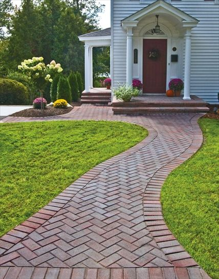 Walkway Idea For Front Of House I Like The Adding Color With Brick Pavers And Green Edging