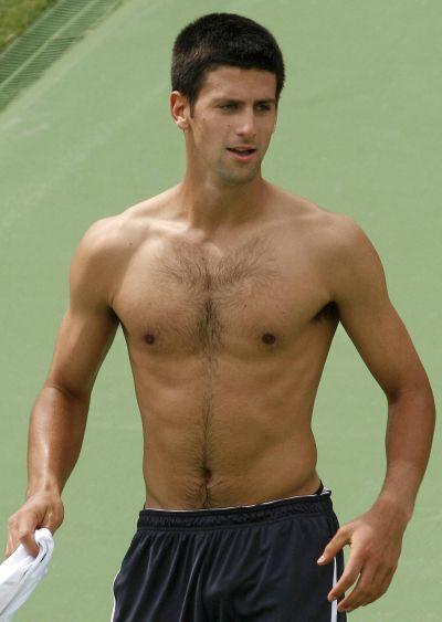 Shirtless Novak Djokovic (swoon)