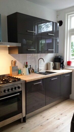 Getting ready met nieuwe keuken #ikea #faktum hoogglans grijs ...