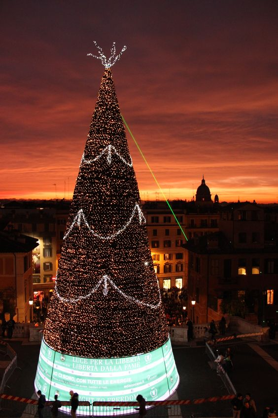 Rome, Piazza di Spagna ♠ by Meytal Nisimov on 500px  Merry Christmas and Happy New Year!