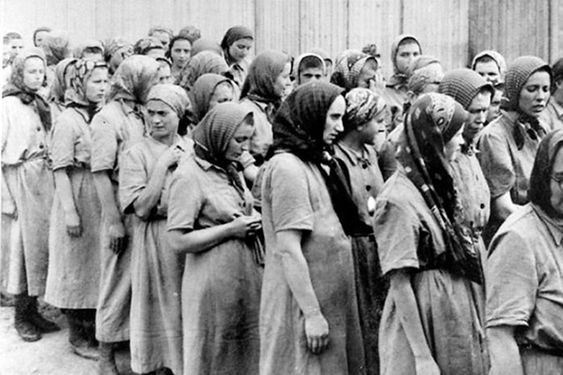 Auschwitz en de verloskundige Polka Stanislava Leshchinsky