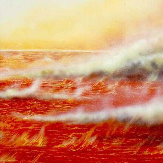 Um lago de fogo vermelho revestido de fumaça e chamas