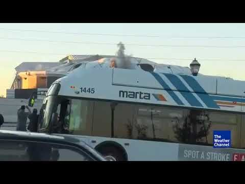 Funny Meme Bus : Bus blocks georgia dome implosion weather channel guy gets pissed