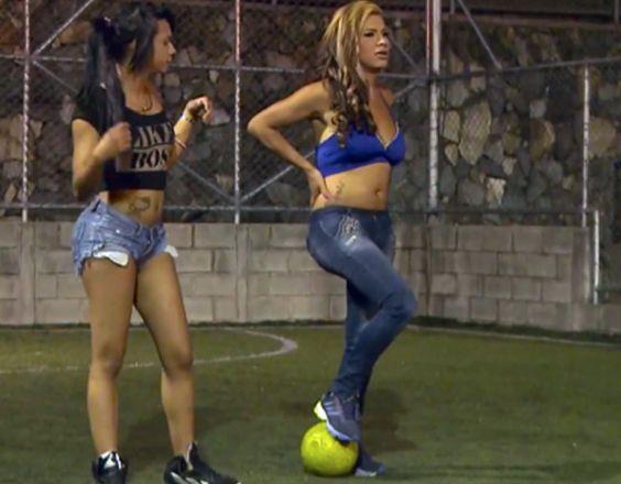 Transexuales colombianas crean el primer club de fútbol trans