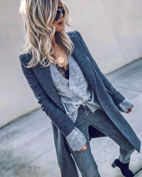 """Heather on Instagram: """"back to grey...📽""""  #ootd #streetstyle #grey #layers #fbloggers"""