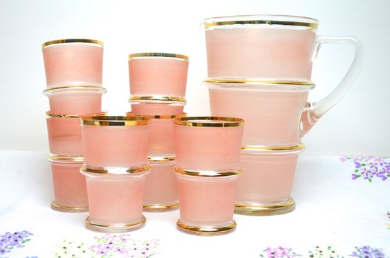 1950s pale pink lemonade set by tillyandarthur on Etsy https://www.etsy.com/listing/230952452/1950s-pale-pink-lemonade-set