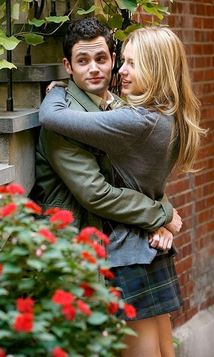 New Couple Dan Humphrey (Penn Badgley) And Serena Van Der Woodsen (Blake Lively) Share A Moment At School, 2007
