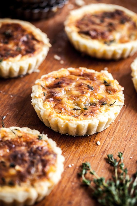 Comte cheese, Onion jam and Onions on Pinterest
