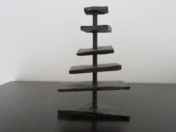 """""""cinco olhares sobre a vida"""" - escultura em lousa."""