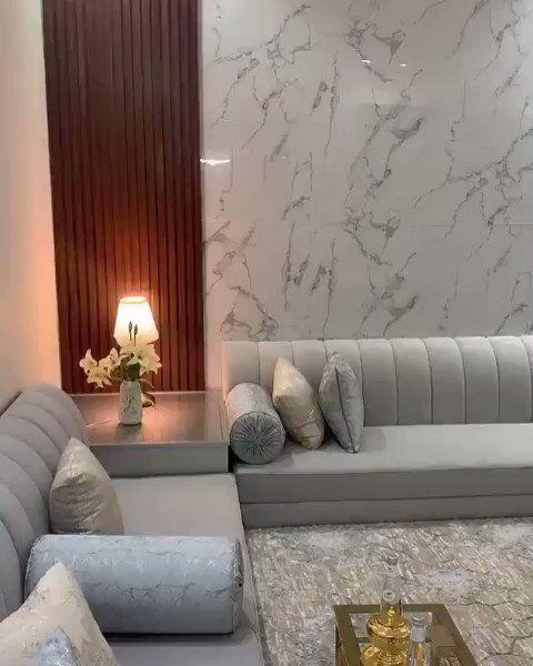 طور بيتك On Twitter رايكم بتصميم هالمجلس وايش ينقصه مشاركة من احد المتابعين Decor Home Living Room Furniture Design Living Room Living Room Design Decor