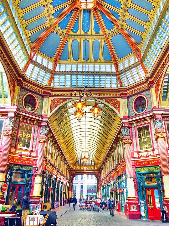 Leadenhall Market AKA the film location for Diagon Alley in the Harry Potter Movies. Tips for Planning a London Vacation. www.kevinandamanda.com. #travel #london #england