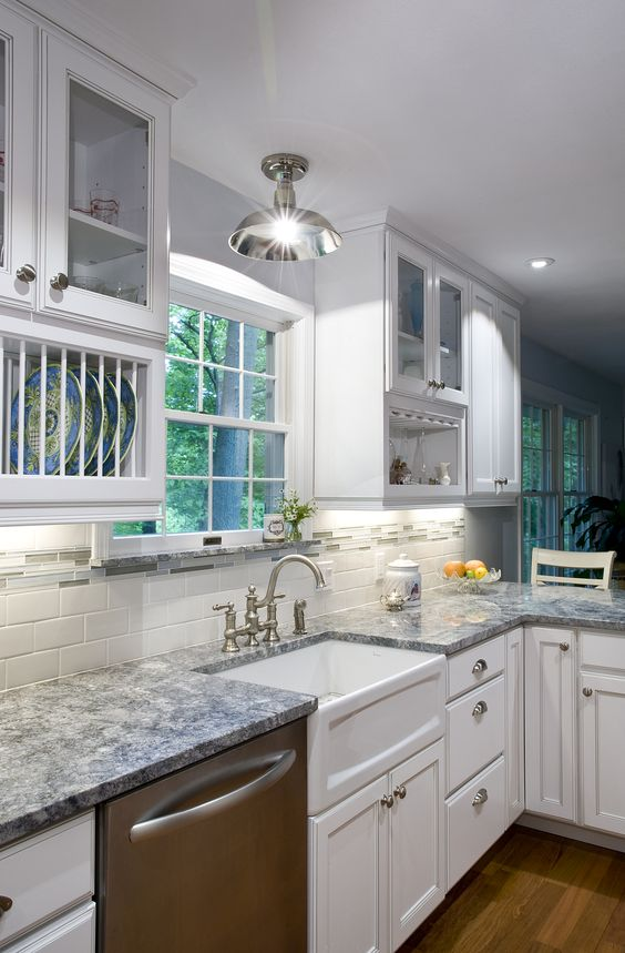 Lighting led and deco on pinterest for Aran world kitchen cabinets