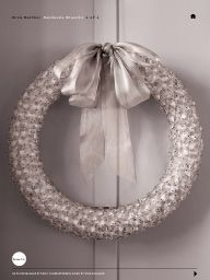 "I saw this in ""My Collection of Handmade Wreaths"" in Martha Stewart Living December 2013."