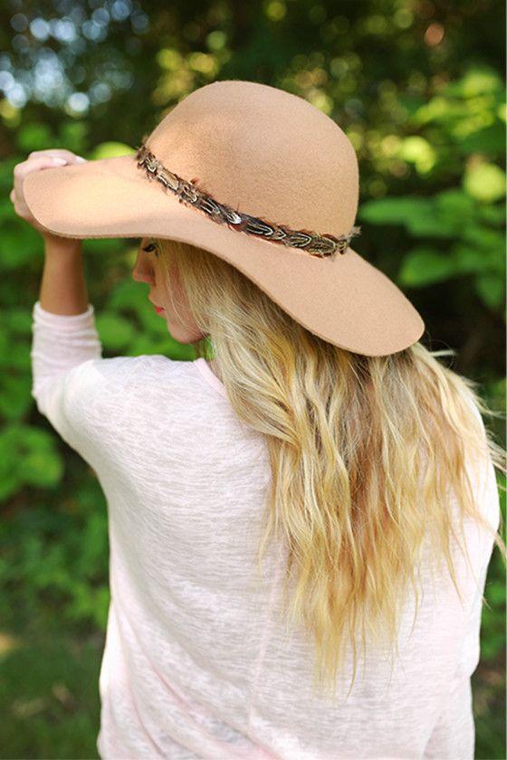 Always Chic Hat in Tan