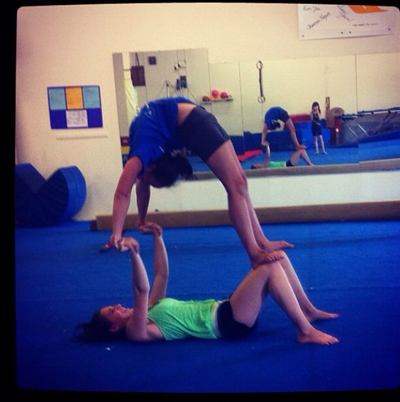 With both of our cheerleading abilities I think we could attempt this. (-: @ℰϻɪℓყ ϻ₳яɪє