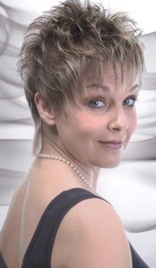 20 Pixie Cortes de pelo para mujeres mayores de 50 //  #Cortes #mayores #mujeres #para #pelo #Pixie