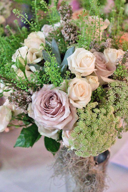 Dusky roses & wild flowers
