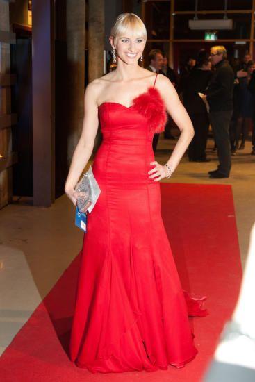 Anne Rimmen - Norwegian celeb, tv shows hostess, sports news anchor.