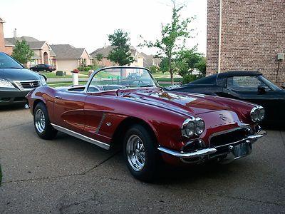 Chevrolet : Corvette 2 door convertible 1962