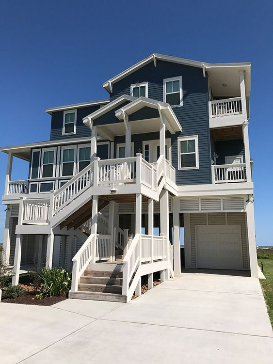 Gorgeous beach front home in Galveston, TX - found on VRBO