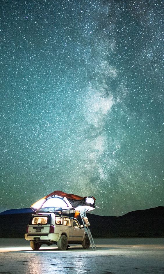 Great nighttime shots—the ones with crystal-clear stars and the Milky Way practically jumping off the screen—are always a big hit on Instagram.: