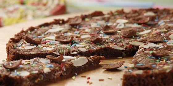 Lino › Mamazin › Recepti › Slatka čokoladna pizza