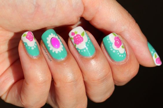 Polished Polyglot: NOTD: Vintage manicure using 3D decoration    http://polished-polyglot.blogspot.ch/2014/08/notd-vintage-manicure-using-3d.html