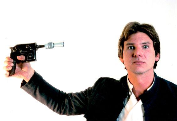 Han would rather shoot himself first than let Greedo shoot first. #starwars #georgelucasisadick