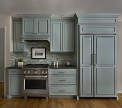 Photo by Beth Singer  Design by MaryBeth Wilson  Cabinets by Graber Cabinetry