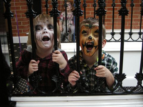 How to Keep Your Child Safe from Toxic Halloween Face Paints