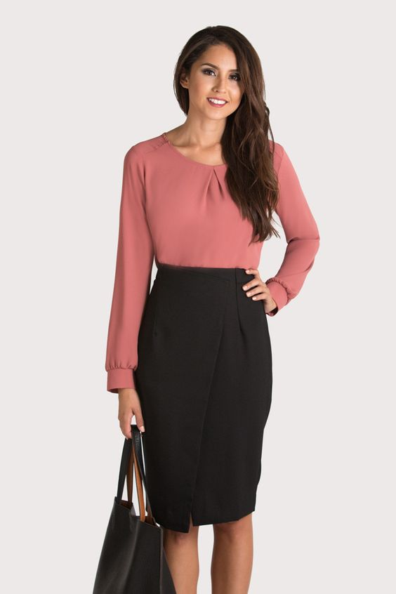 women's tops and blouses. women's pants. Sloan Skinny-Fit Side-Stripe Ankle Pant. $ Sloan Skinny-Fit Side-Stripe Ankle Pant. $ Sloan Skinny-Fit Print Ankle Pant. Create a stunning look for the office with fashionable business attire for women from Banana Republic.
