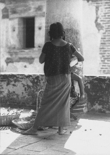 Tina Modotti - Two Women on a Porch