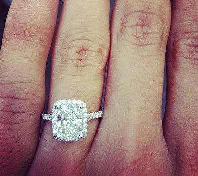 THIS IS MY DREAM RING....SEB THIS IS EXACTLY WHAT I WANT. EXACTLY. this is perfection